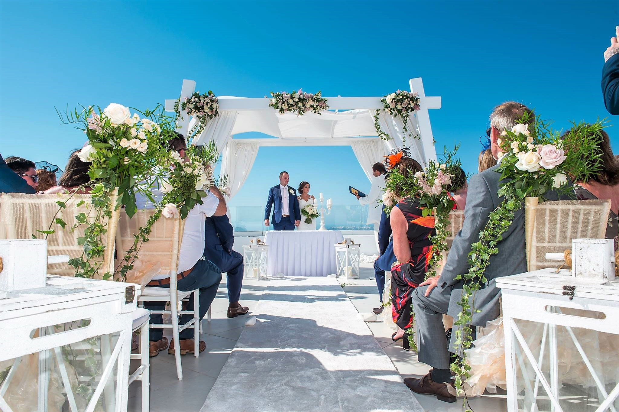 How much does a good santorini wedding photographer really for How much do you charge for wedding photography